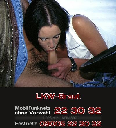 Eine LKW-Braut erzählt beim Telefonsex über den Blow-Job hinter dem Lenker.