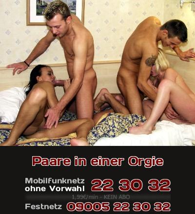 Zwei Paare finden sich und ficken zusammen so wild, dass man es nur noch als Orgie bezeichnen kann.