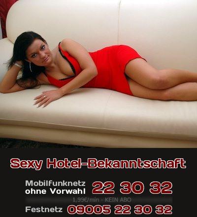 Eine Lady, die oft in Hotels übernachtet, sucht im Hotel nach Bekanntschaften. Ob es eine anregende Unterhaltung bleibt, oder ein erotisches Abenteuer? Erlebe es jetzt beim Telefonsex!