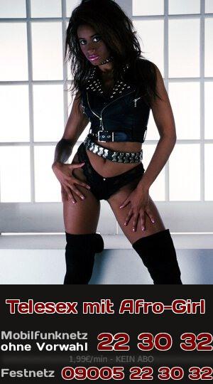 Exotischer Telefonsex mit heißem Afro-Girl, was beim Ficken mit rhythmischen Beats Dich in Trance versetzen kann.
